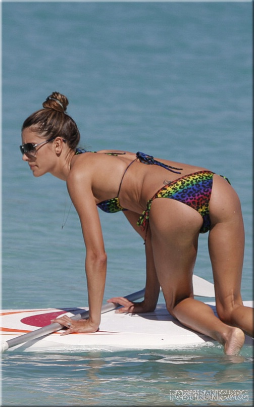 Алессандра Амбросио разделась на пляже. Фото: Celebrity Paradise