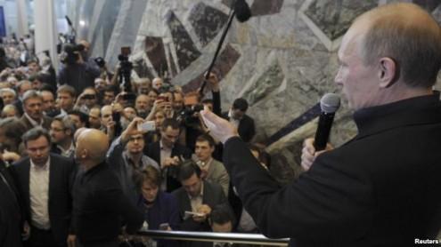 Владимир Путин возвращается в президентское кресло