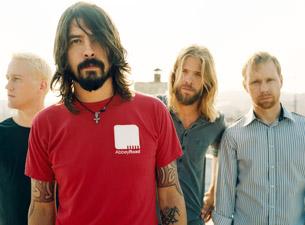 Группа Foo Fighters отыграла свой последний концерт