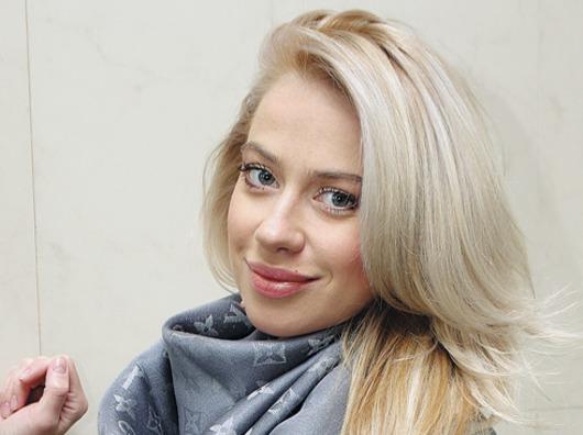 anna-dubovitskaya-foto-golaya