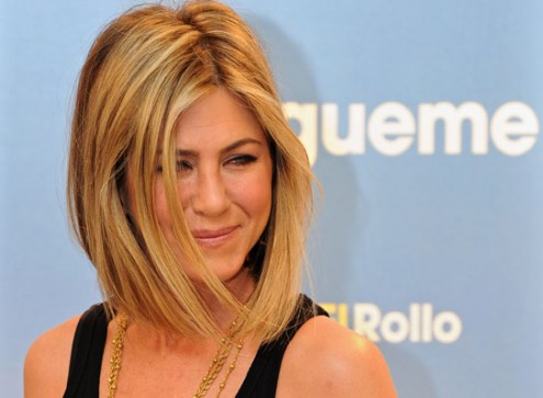 Jennifer Aniston and Adam Sandler Attend 'Just go with it' Premiere