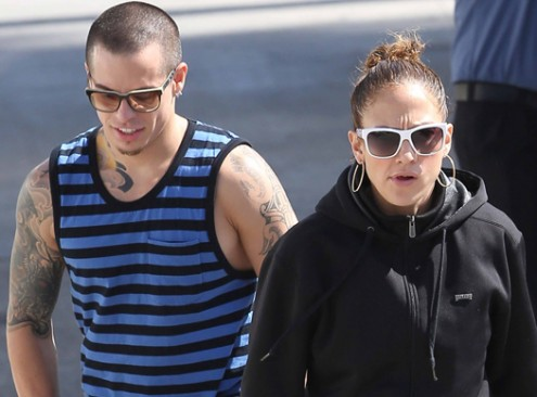 Jennifer Lopez And Casper Smart Have Lunch In Beverly Hills