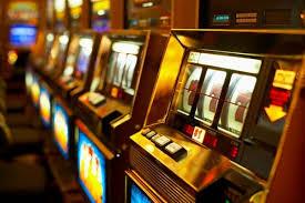Почему мужчины любят азартные игры