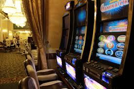 Причины популярности игровых автоматов в России