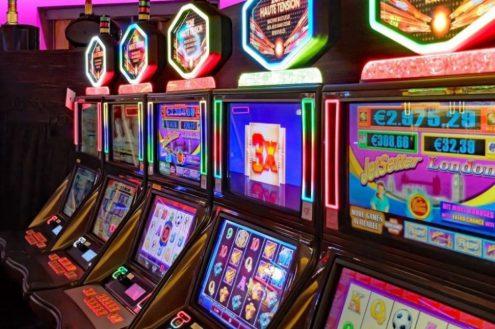 Что предлагает казино Супер Слотс новичкам